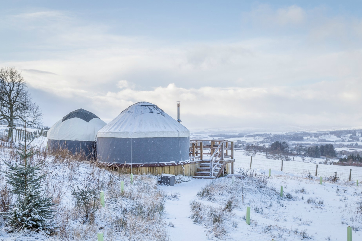 Yurt Bramble in the Snow | Wood-fired Hot Tub | Glamping Yurts Scotland Perthshire
