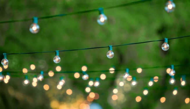 Wedding Lighting Ideas | Outdoor Festoon Lighting
