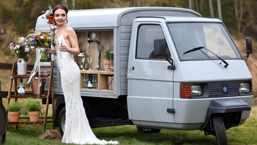 Mobile Wedding Prosecco & Gin Bar