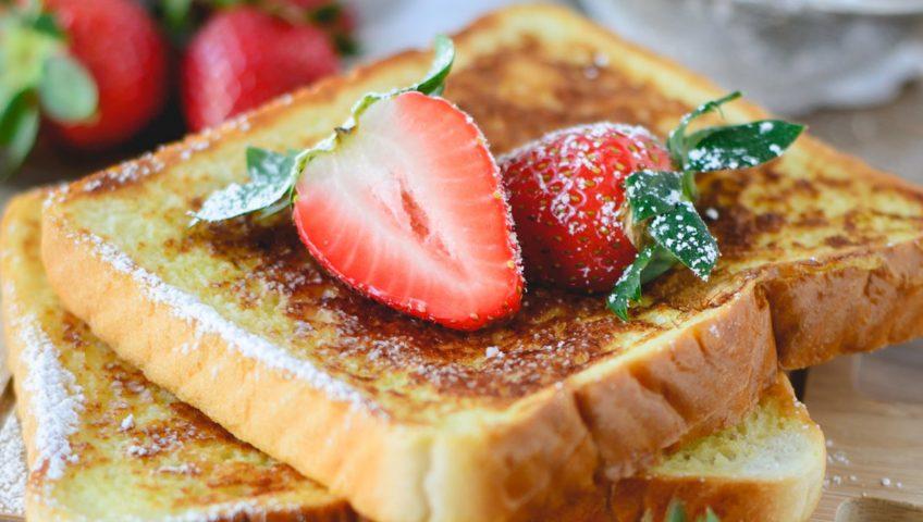 Easy Campfire Breeakfast Recipes | French Toast