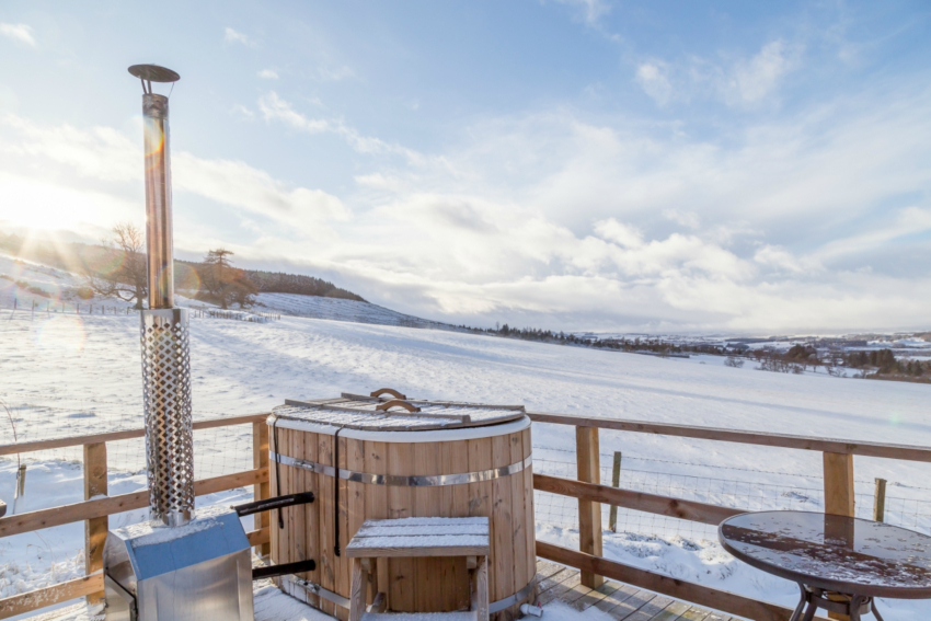 Winter Glamping near Gleneagles | Hot Tub in the Snow